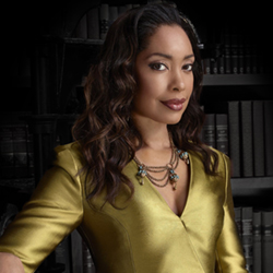 Clara Fellows (Gina Torres)
