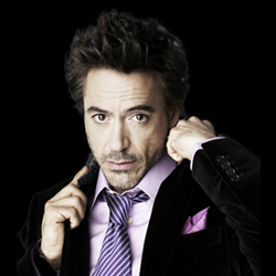 Tony Stark (Robert Downey Jr)